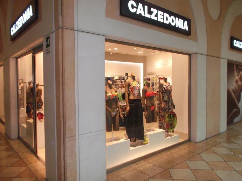4d3b5d8e9c Negozio CALZEDONIA - Centro Commerciale La Fattoria (Rovigo - veneto)